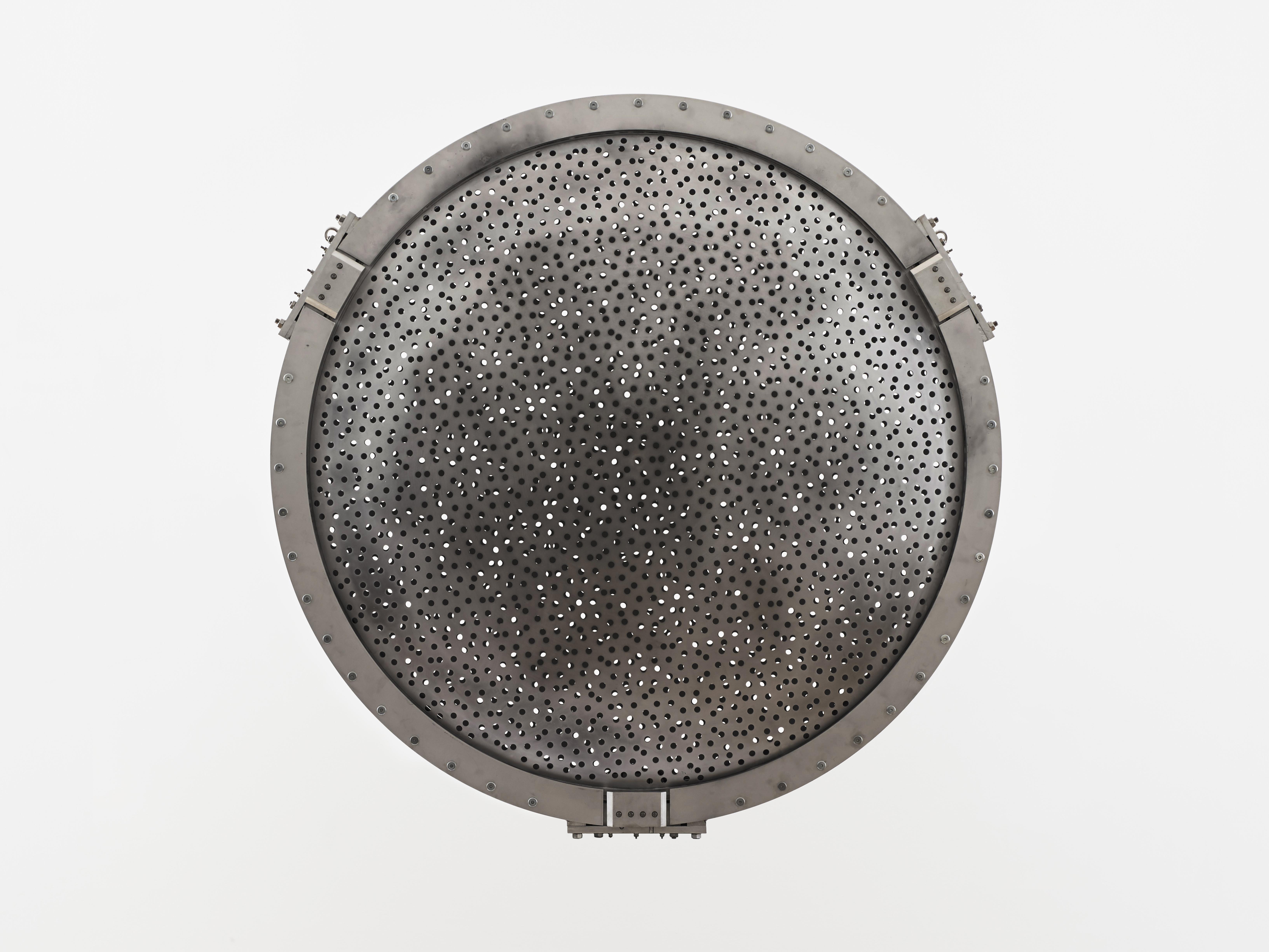 1, Conrad Shawcross Kinetic, Speckled